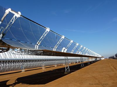 Ruukki's metal-coated steel structures are ideal for demanding conditions at thermosolar plants. Picture from SENER's thermosolar plant.