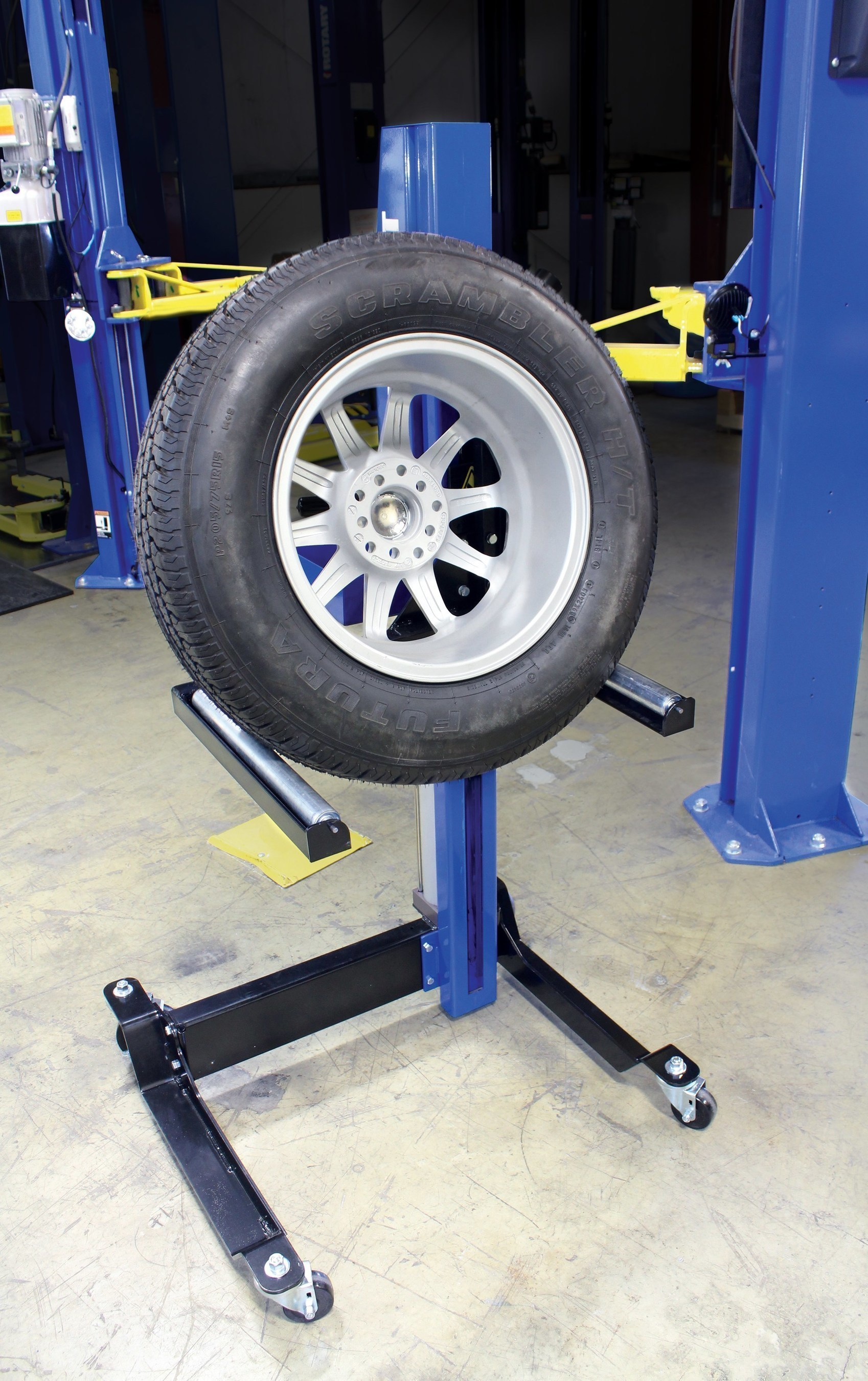 Auto Lift Safety : Top vehicle lift safety tips from rotary