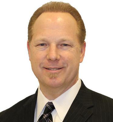 Mike Saunders, MBA   Authority Marketing Strategist