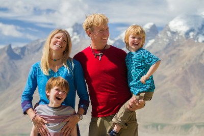 "Travel Channel's 13,000-mile ""Big Crazy Family Adventure"" Begins Sun, 6/21, 9pm"