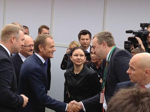 "Polish Prime Minister Donald Tusk welcomed CEO ""Mining Machines"" Eugene Romashchin at the ""Katowice 2013"" (PRNewsFoto/Mining Machines Group)"
