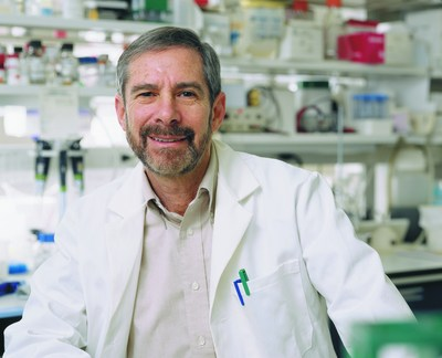 The second annual Harrington Prize for Innovation in Medicine has been awarded to oncologist/researcher Douglas R. Lowy, MD, Chief, Laboratory of Cellular Oncology, and Deputy Director of the National Cancer Institute.