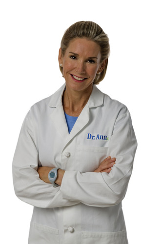Dr. Ann Kulze Joins Forces with Lockton Benefit Group. (PRNewsFoto/Lockton) (PRNewsFoto/LOCKTON)