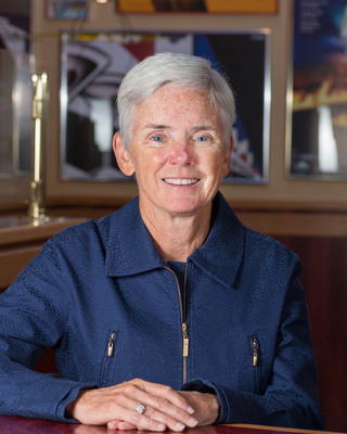 Cathy Cooney, senior vice president and Chief People Officer with Red Robin Gourmet Burgers, Inc.  (PRNewsFoto/Red Robin Gourmet Burgers, Inc.)