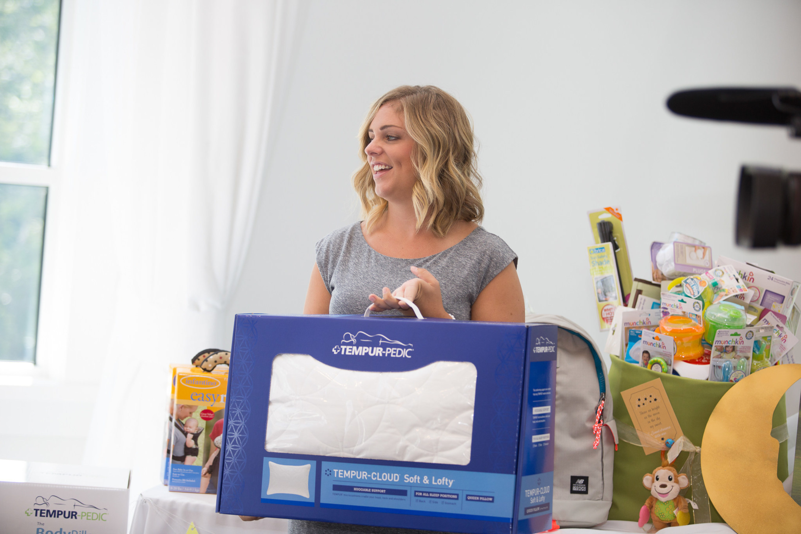 TEMPUR-PEDIC(R) worked with Operation Shower to recognize military moms at a special baby shower where 25 military moms were able to choose their very own Tempur-Pedic bed and also received a set of TEMPUR-Cloud(R) pillows and a teddy bear for their new baby.