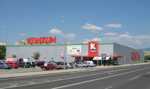 W. P. Carey's non-traded REIT affiliates acquire five modern retail stores for $92 million (EUR67 million) from Agrokor in Croatia in the fifth sale and leaseback transaction to the privately owned retailer. The three hypermarkets and two supermarkets are leased back to Konzum, the largest food retailer in Croatia and Agrokor's principal subsidiary. (PRNewsFoto/W. P. Carey Inc.) (PRNewsFoto/W. P. CAREY INC.)