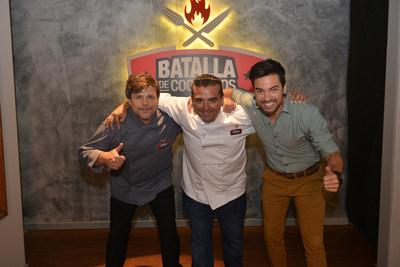 Chefs Poncho Cadenas and Buddy Valastro with host Leandro 'Chino' Leunis from the Discovery Familia's series Batalla de Cocineros.