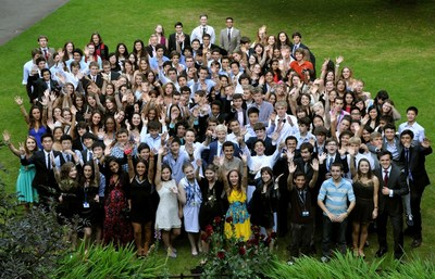 With almost 100 nationalities represented last year, ORA's summer school is an exciting opportunity to make friends from all around the world