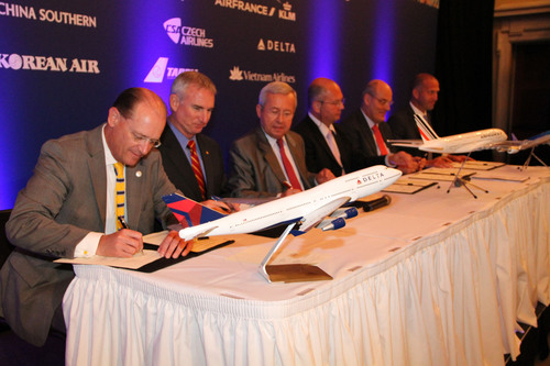 Delta, Air France, KLM CEOs and Pilot Union Leaders Sign Historic Joint Venture Protocol