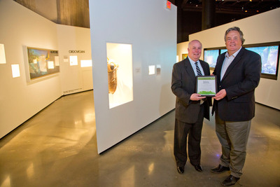 GDF SUEZ Energy Resources NA Donates Renewable Energy Certificates to the Houston Museum of Natural Science in Honor of Earth Day.  (PRNewsFoto/GDF SUEZ Energy Resources NA)