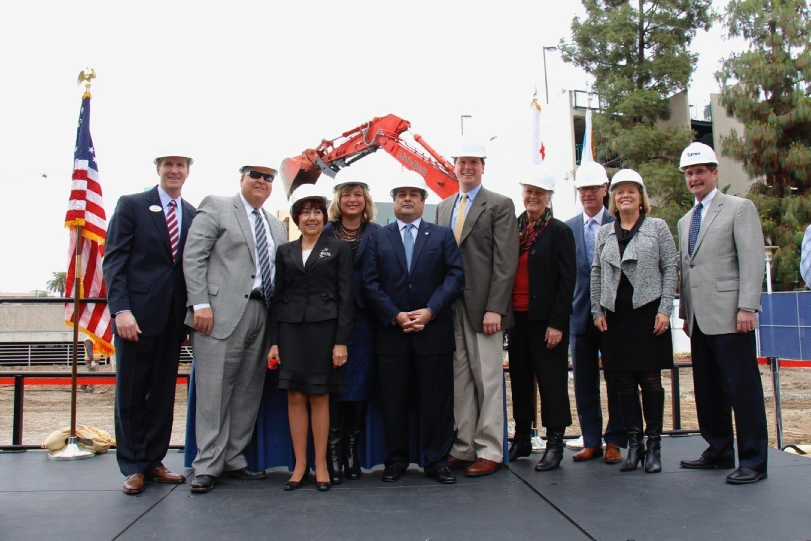 Anaheim Convention Center, the largest convention center on the west coast, breaks ground on its seventh expansion, adding 200,000 sq. ft. more of flexible meeting space. (Credit: Anaheim/Orange County Visitor & Convention Bureau)