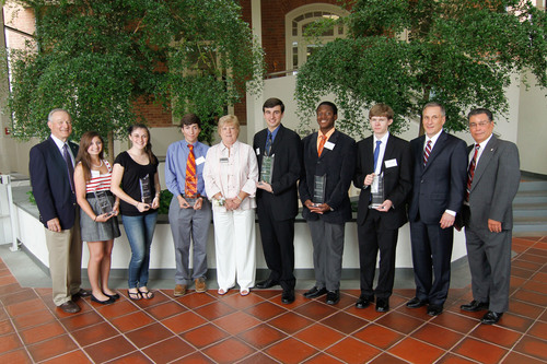 NASA Federal Credit Union Awards Scholarships to Area Students