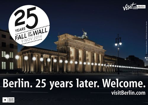 """25th anniversary of the Fall of the Berlin Wall - wall.visitBerlin.com; Photo: Lichtgrenze_Brandenburger-Tor_c_Kulturprojekte Berlin_GmbH_Foto_WHITEvoid_Christopher Bauder. Editorial use of this picture is free of charge. Please quote the source: """"obs/visitBerlin / Christopher Bauder"""" (PRNewsFoto/VISITBERLIN _ CHRISTOPHER BAUDER)"""