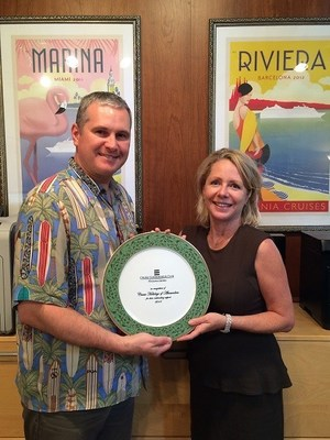 Jim Work receiving Oceania Cruise Connoisseur Club Award.
