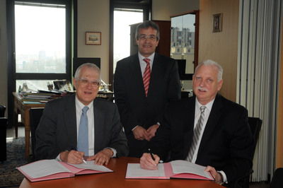 Director of DNRED, Jean-Paul Garcia, French Customs Attache, Francois Richard & IACC President, Bob Barchiesi signing MOU
