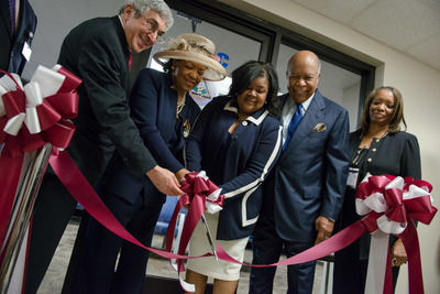 Photo caption (L-R): Stanley Bergman, Chairman of the Board and Chief Executive Officer, Henry Schein, Inc.; State Senator Thelma Harper, District 19; Cherae Farmer-Dixon, D.D.S., M.S.P.H., Dean, Meharry Medical College School of Dentistry; Dr. Louis W. Sullivan, former Secretary of the United States Department of Health and Human Services and Chairman of the Sullivan Alliance to Transform the Health Professions; and Daphne Ferguson-Young, D.D.S., Professor, Program Director, Graduate Residency Programs, Meharry Medical College School of Dentistry (PRNewsFoto/Henry Schein, Inc.)