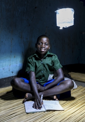MPOWERD Inc. and Durbin Sign Global Deal to Distribute Solar Lights for Humanitarian Aid