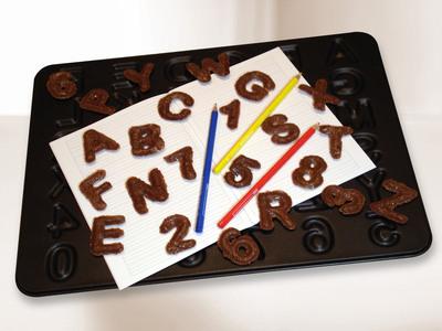 Frieling ABC 123 Baking Pan.  (PRNewsFoto/Frieling)