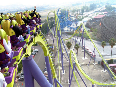 Six Flags Tickets Coupons Provides Fun at a Bargain Says Sixflagsticketcoupons.com.  (PRNewsFoto/sixflagsticketscoupons.com)