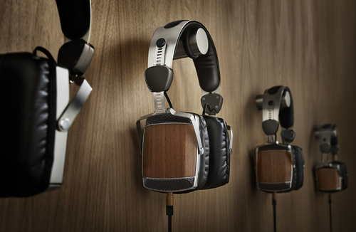 Accidentally Extraordinary's 51st Studios--wood and stainless steel headphones--AE's first-released headphones.  AE is currently raising funds on Kickstarter to begin production on the first ever wood headphones featuring Bluetooth. (PRNewsFoto/Accidentally Extraordinary)
