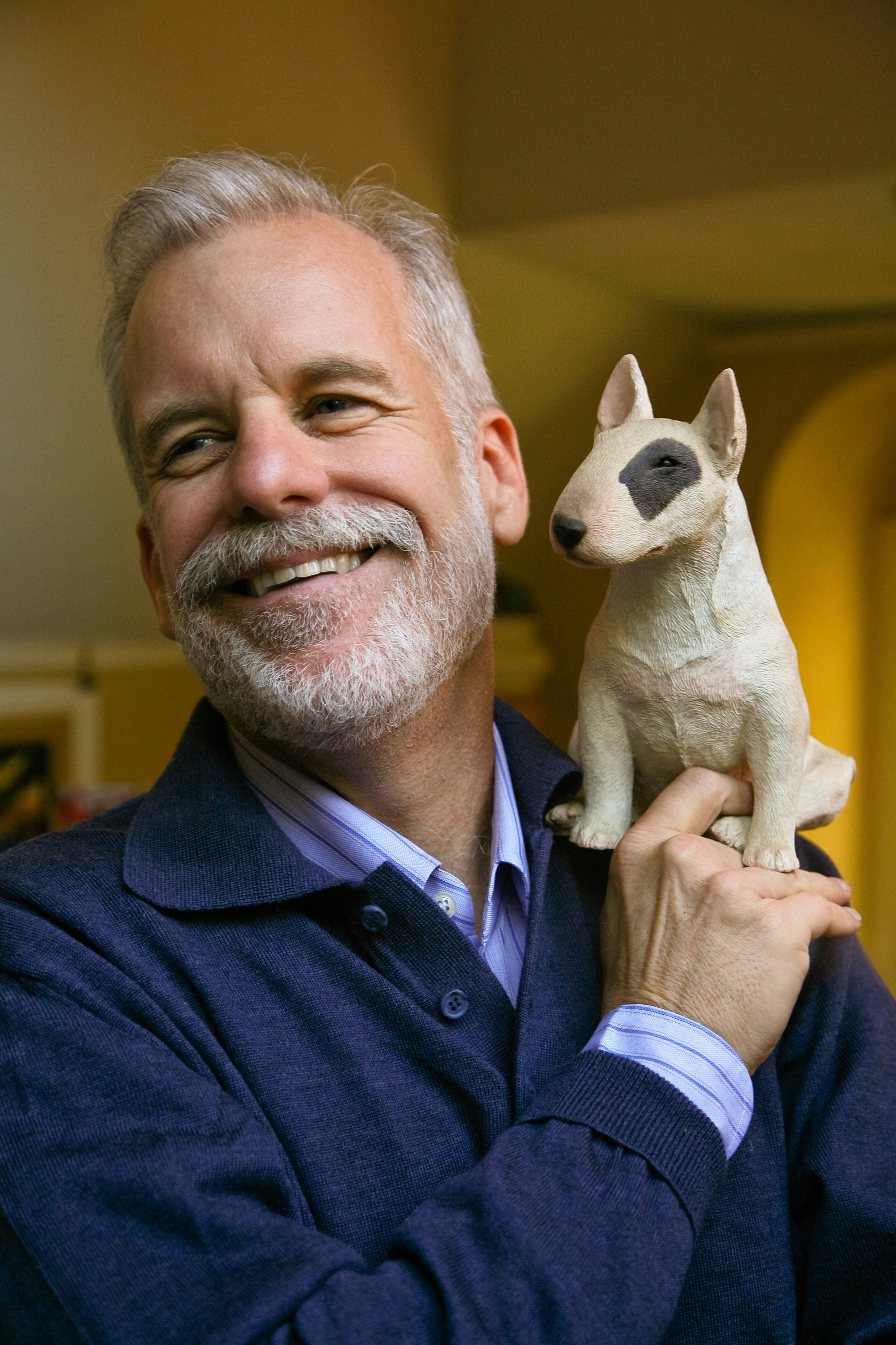 Famed Children's Author Chris Van Allsburg to Make Special Appearance at Chicago Union Station In