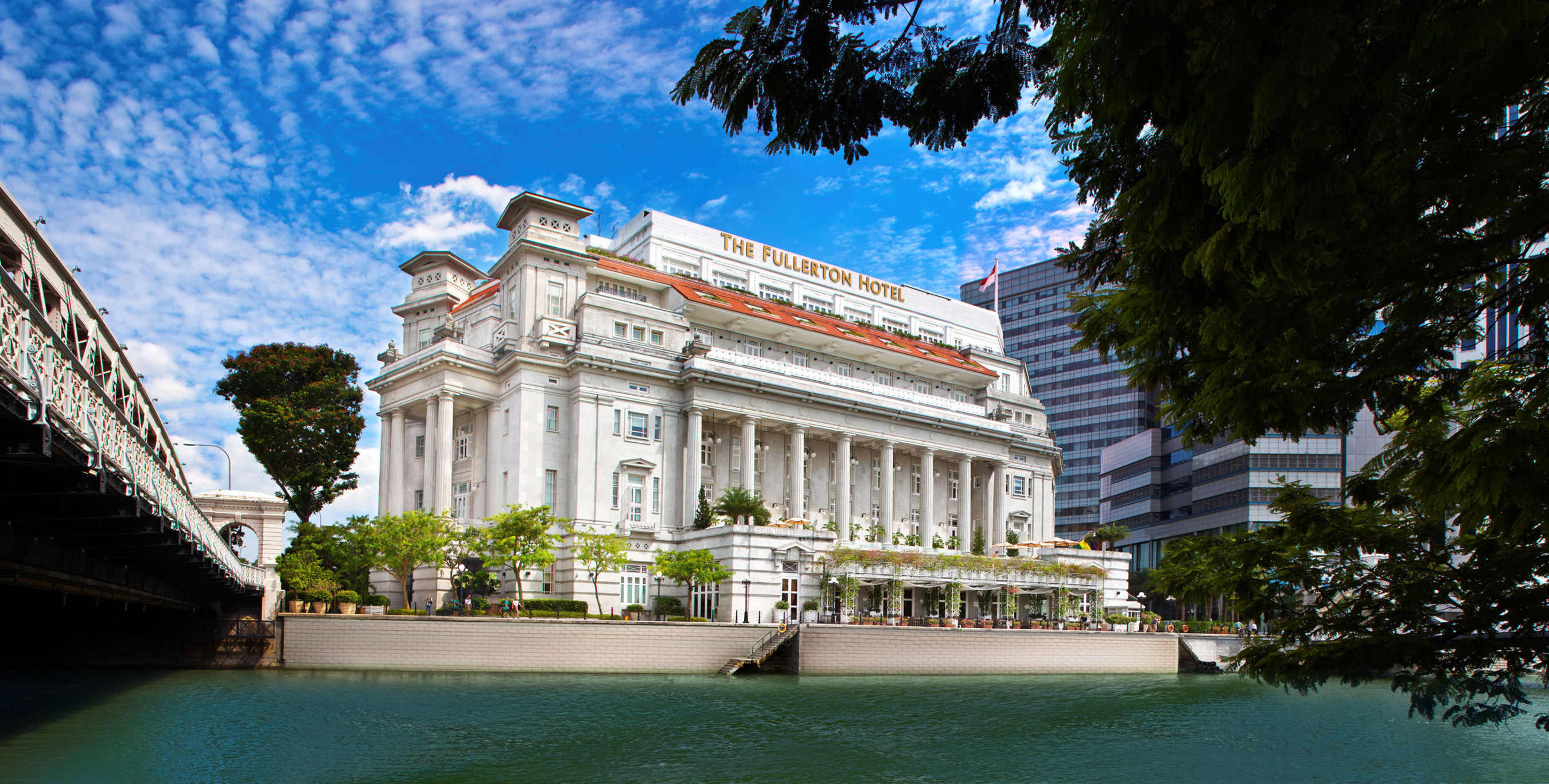 Image courtesy of The Fullerton Hotel