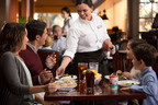 Red Lobster Launches First Spanish-Language Advertising Campaign. (PRNewsFoto/Red Lobster) (PRNewsFoto/RED LOBSTER)