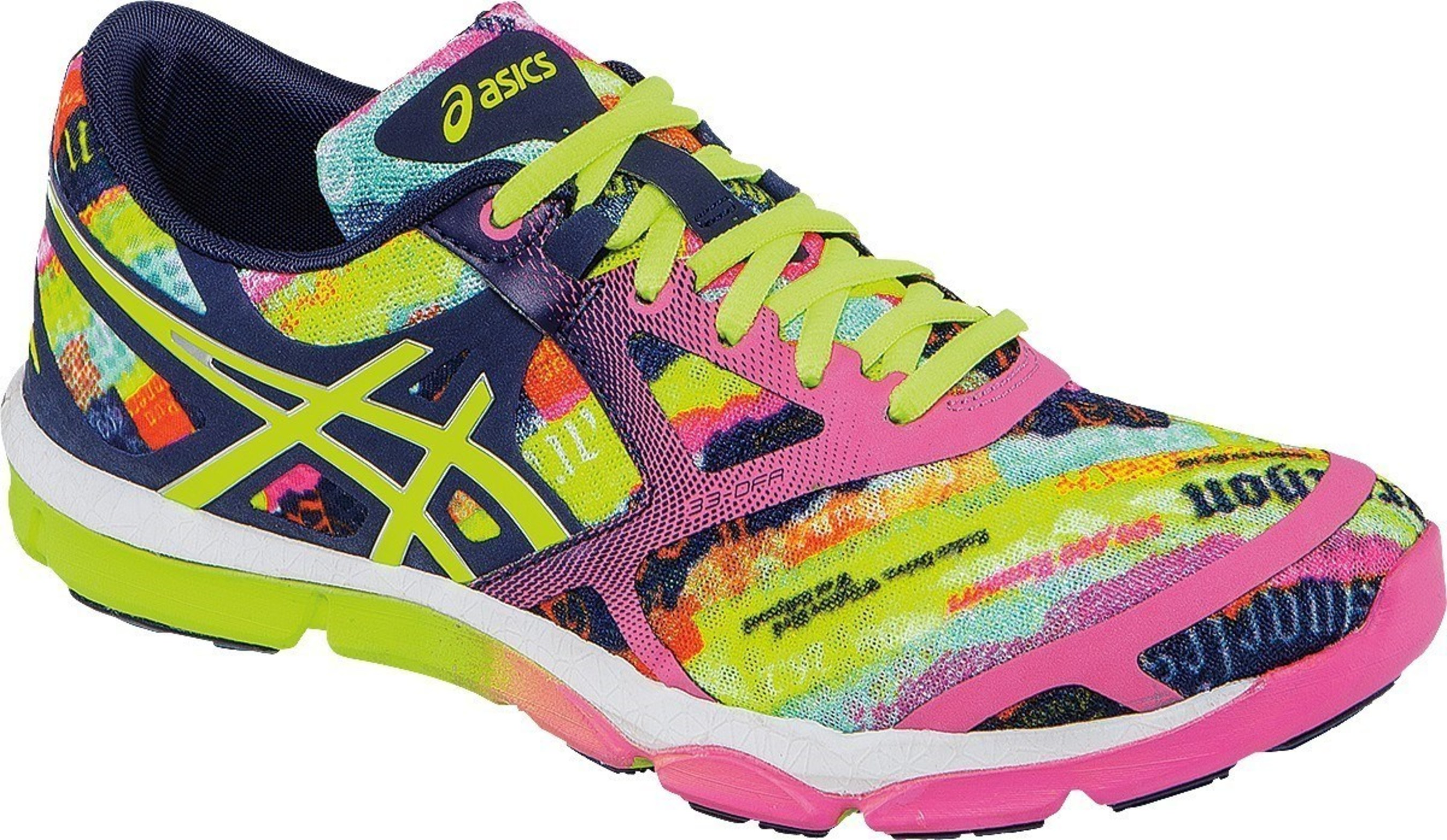 To celebrate the 30th edition of the race, ASICS launched the 2015 LA Marathon 33-DFA(TM) shoe.  The design highlights the various marathon route destinations on the Stadium to Sea course. (Photo credit:  Courtesy ASICS)
