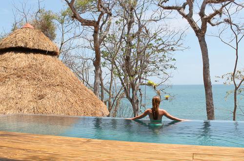 Isla Palenque's infinity pool.  (PRNewsFoto/The Resort at Isla Palenque)