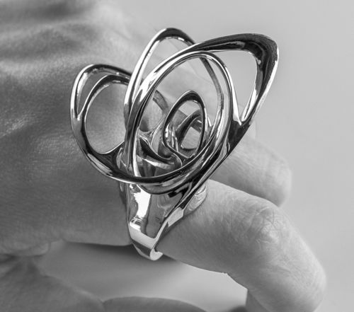 Evoking the fluttering movement of a butterfly wing, the Papilio ring was developed usingSolidscape's high precision 3 (PRNewsFoto/Stratasys Ltd)
