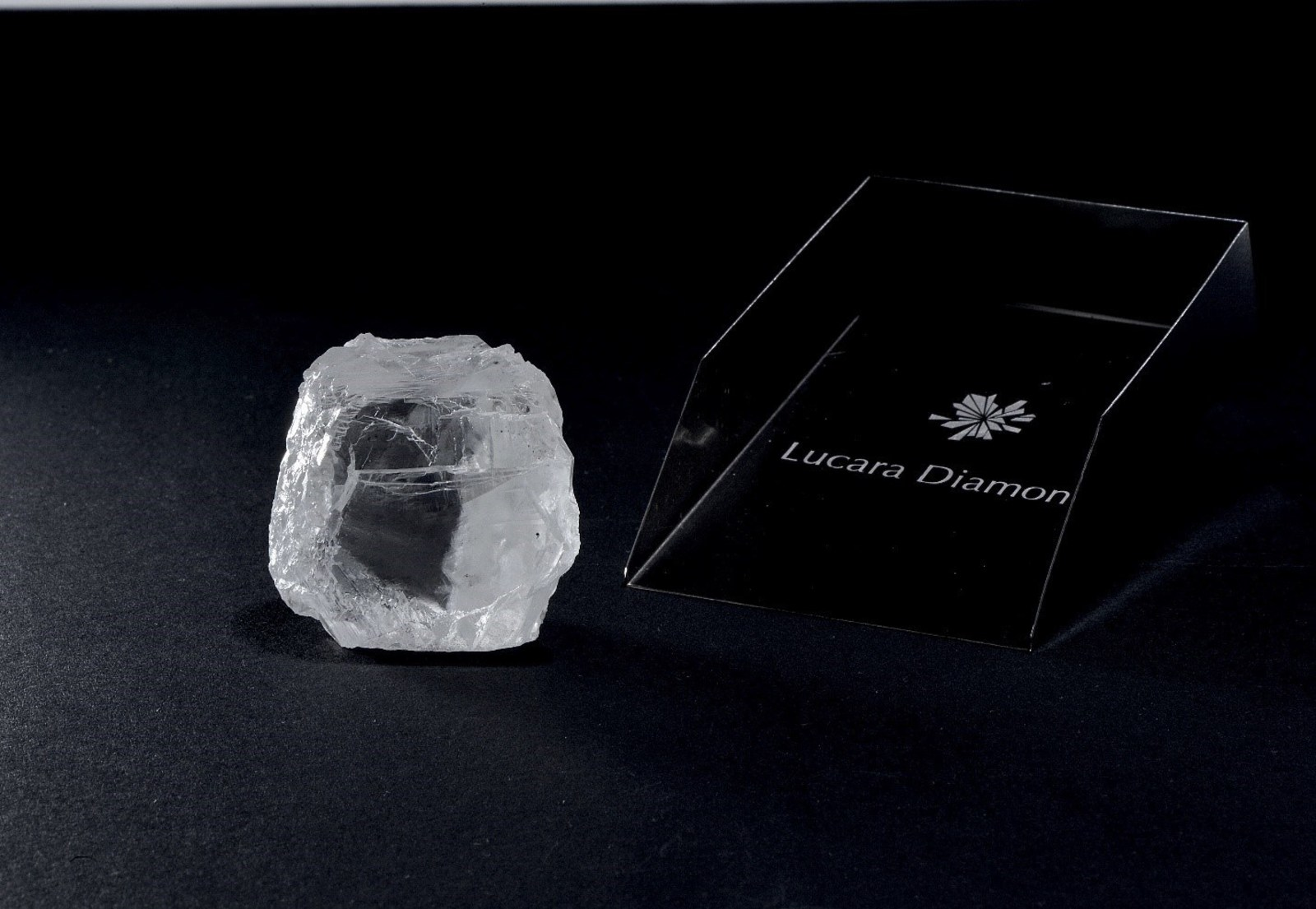 The 240 carat diamond recovered from the Karowe mine
