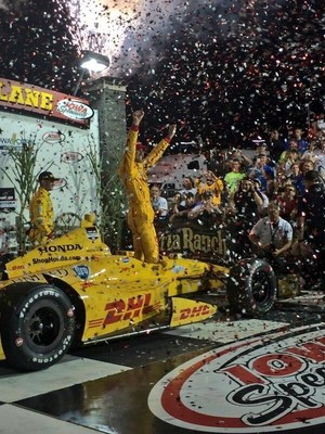 Ryan Hunter-Reay charged through the field to win for Honda at Iowa Speedway (PRNewsFoto/Honda)