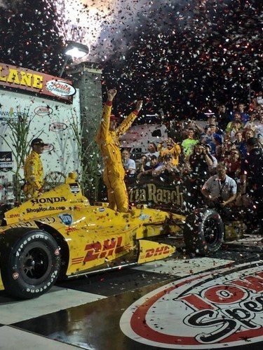 Ryan Hunter-Reay charged through the field to win for Honda at Iowa Speedway (PRNewsFoto/Honda)