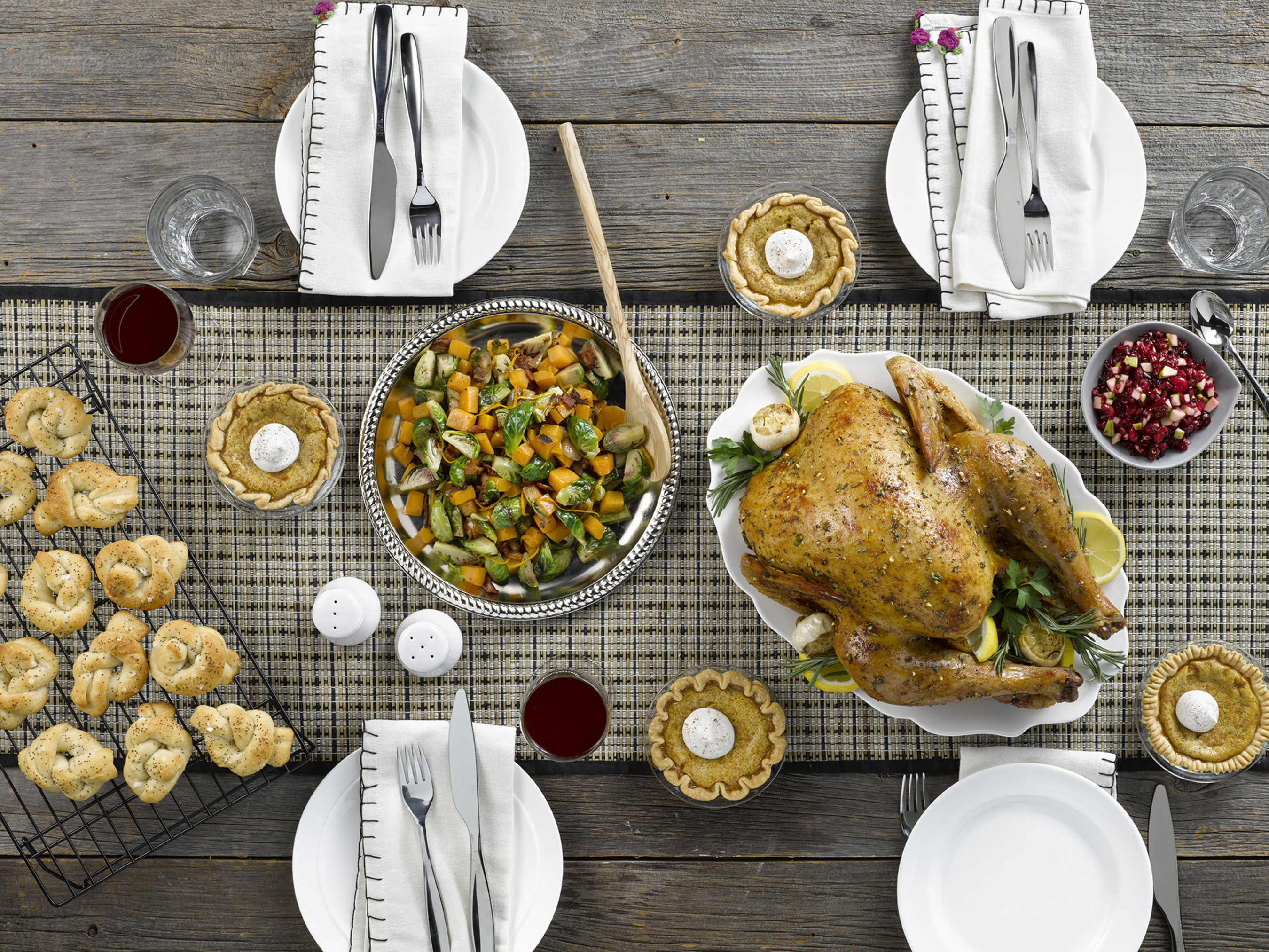 Jennie-O Inspires Modern Holiday Hosts To Entertain With Ease And Convenience In 2015