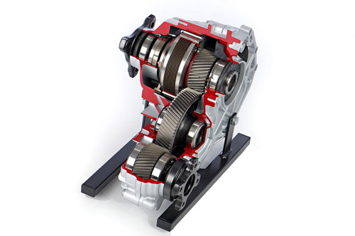 Magna's active transfer case has a wide range of torque distribution and has been tuned in the Hyundai ...