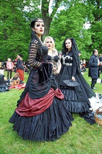 Victorian Picnic in Clara Zetkin Park. 25th Anniversary of the Wave Gothic Festival Leipzig / The image may be ...