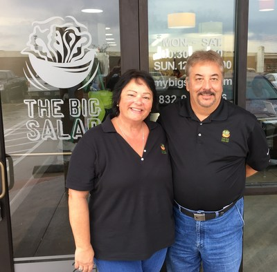 Celma and Mauro Forastieri open the newest location of The Big Salad in River Pointe Center located in Sugar Land, Texas. It's the seventh outlet in the healthy eating chain and the first outside its home state of Michigan. The Big Salad plans additional openings in Austin and Dallas.