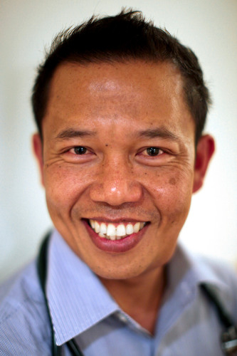Seattle-Area Physician Assistant Honored for Efforts to Improve Medical Education in Rural Laos