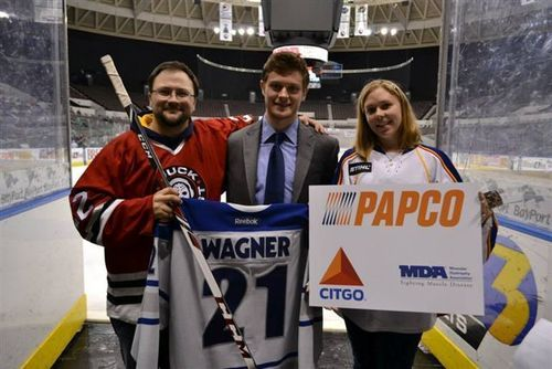 PAPCO Inc. and CITGO MDA Jersey Auction participant Jack Miceli, Norfolk Admirals hockey player Chris Wagner and Brenda Goodson at Scope Arena raising awareness for muscular dystrophy. (PRNewsFoto/CITGO)