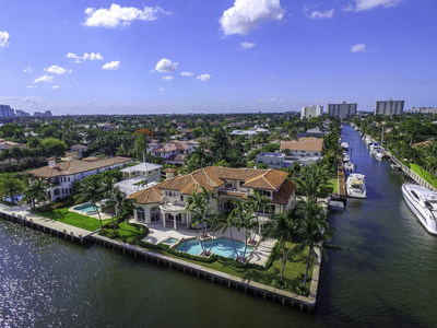 Originally built for beer baron Richard Yuengling of the D.G. Yuengling & Son beer empire, this Fort Lauderdale estate is headed to auction on June 30, 2016. The property offers 300 ft. of boat dockage and quick access to the Atlantic Ocean. Recently asking $10 million, the property will now sell above a bid of $4 million. Platinum Luxury Auctions is managing the sale in cooperation with listing agent Tim Elmes of the Tim Elmes Group. Discover more at PointLotLuxuryAuction.com.