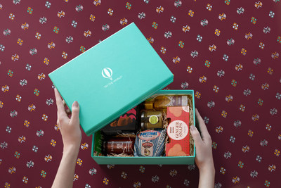 Try The World limited edition Holiday box