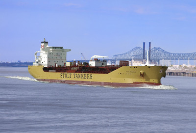 The Stolt Sagaland arrives into New Orleans's Port carrying Loders Croklaan's RSPO Certified  Sustainable Palm Oil. (Loders Croklaan).  (PRNewsFoto/IOI-Loders Croklaan)