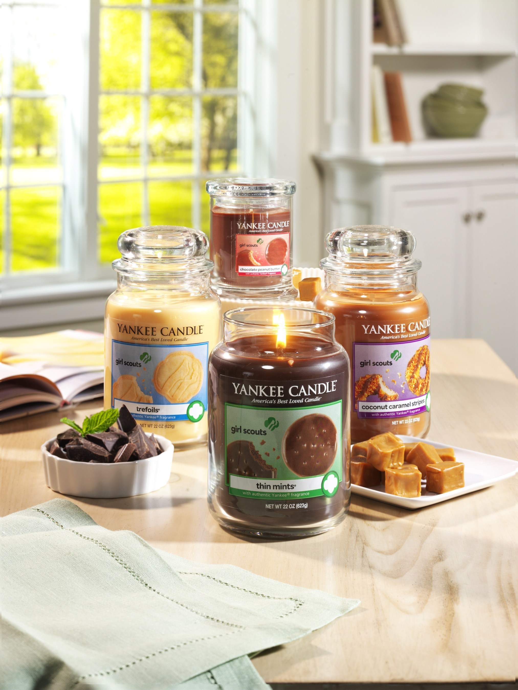 Introducing Yankee Candle's delicious new Girl Scout Cookies Limited Edition Candle Collection.