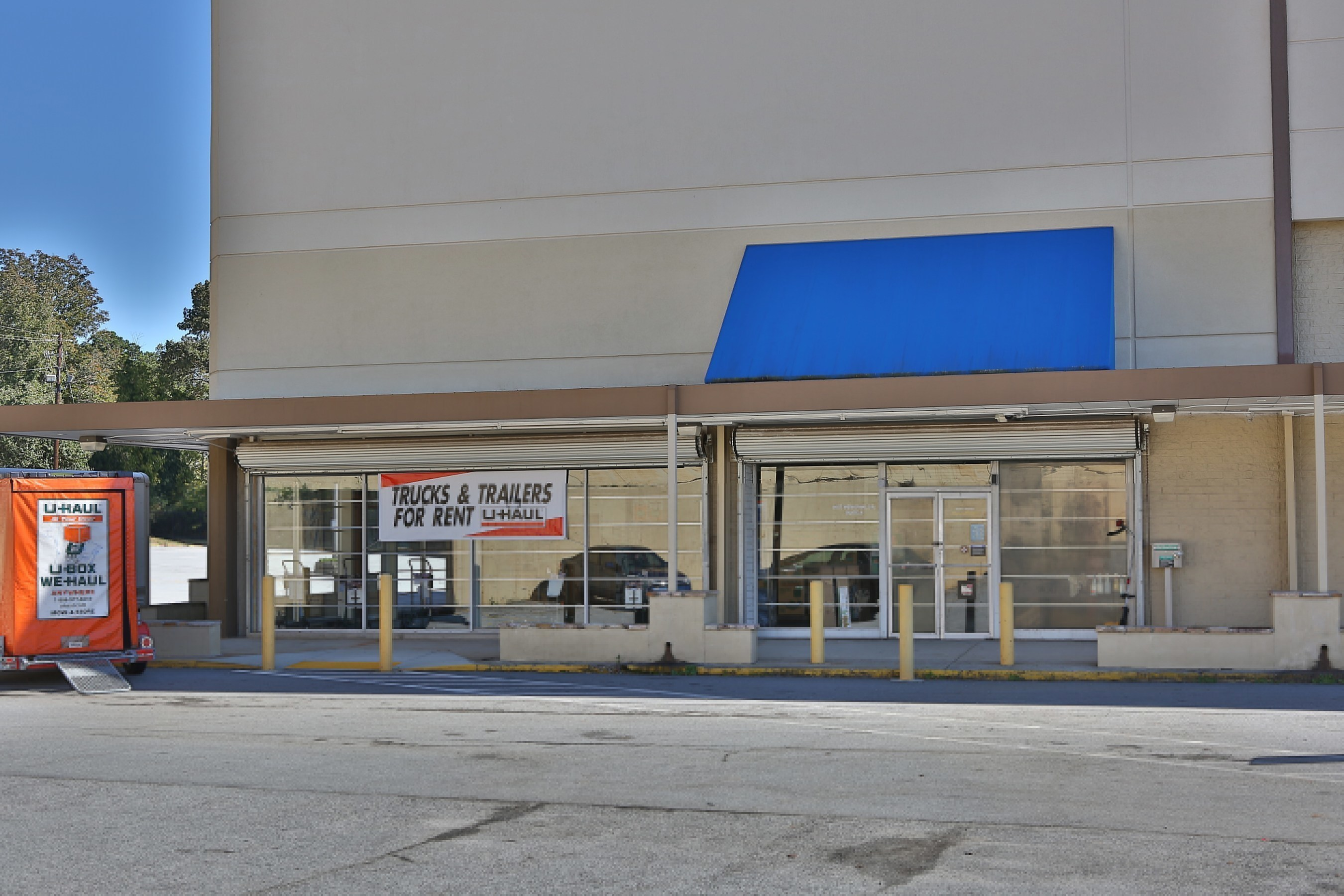 Do-it-yourself movers in DeKalb County have graciously welcomed a centralized U-Haul(R) store to meet their demands at U-Haul Moving & Storage of Decatur at 3653 Memorial Drive.