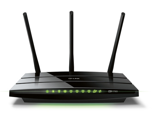 The new Archer C7 wireless router from TP-LINK provides the latest in 802.11AC technology.  (PRNewsFoto/TP-LINK)