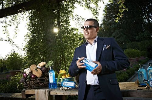 Matteo Vanzi named Bombay Sapphire World's Most Imaginative Bartender 2013