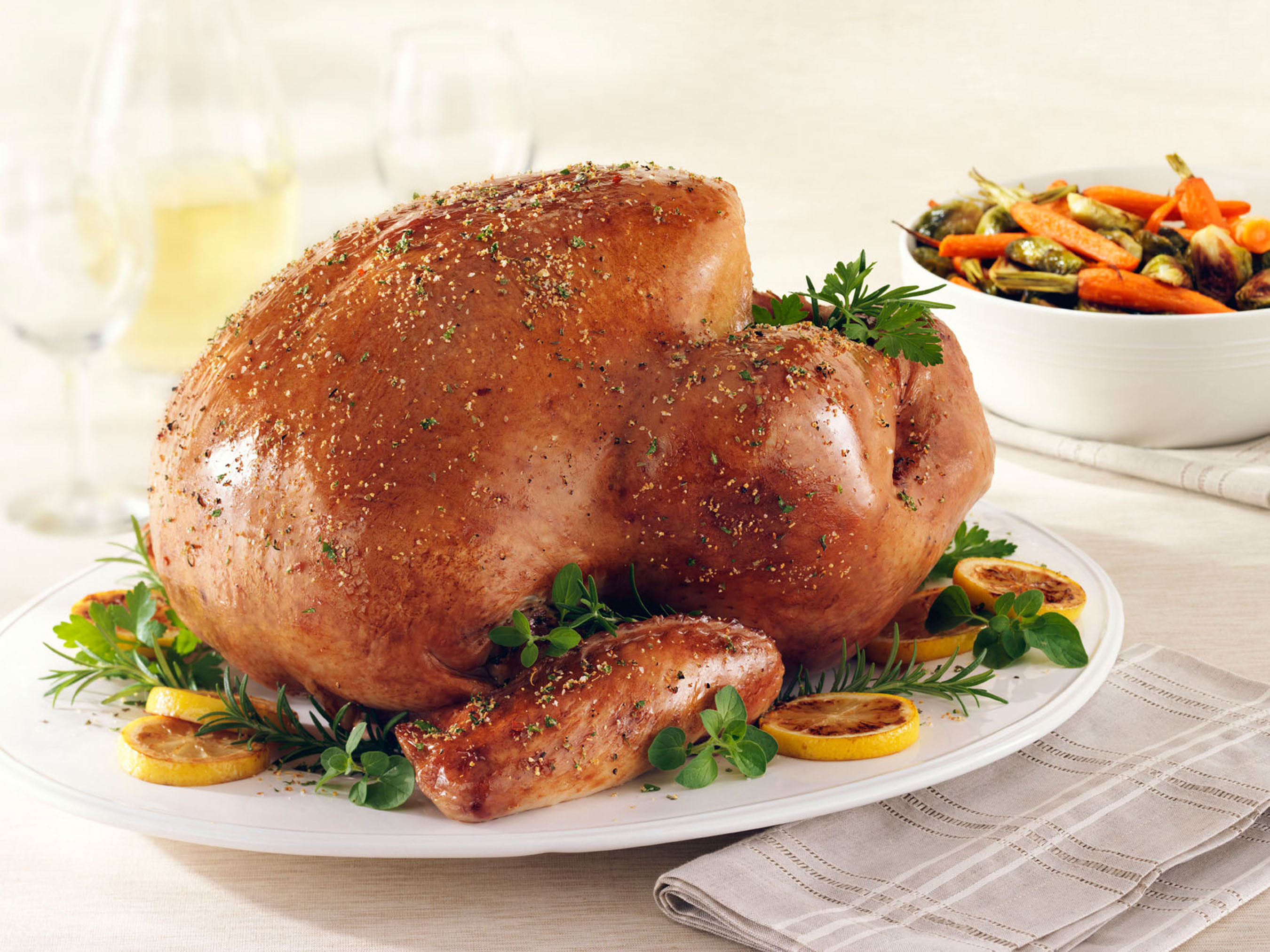 Butterball Roast Turkey with Mediterranean Rub.  (PRNewsFoto/Butterball, LLC, Jeff Kauck)