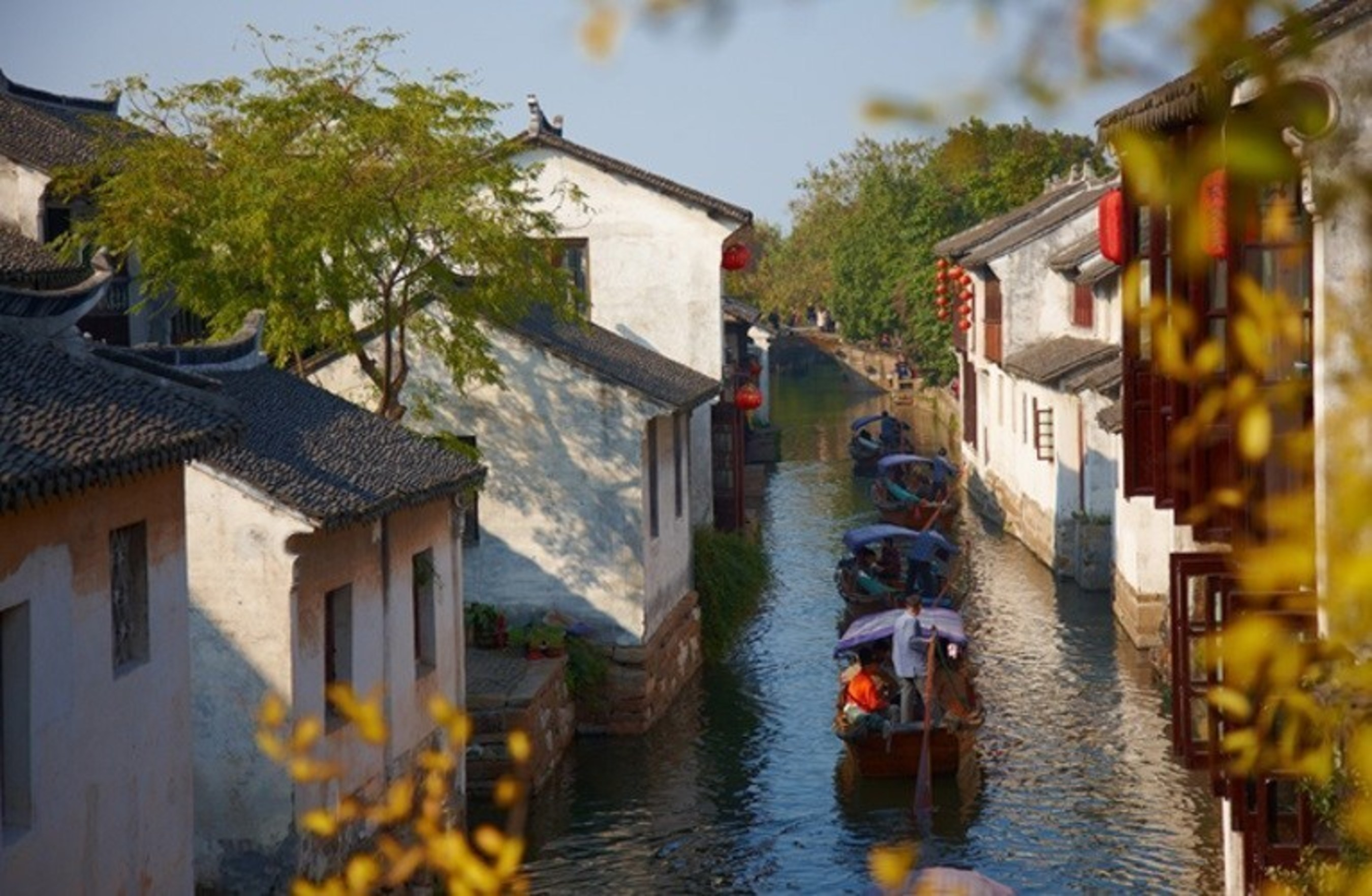 Zhouzhuang water town has been committed to bringing Chinese history and culture to global visitors.