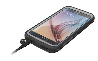 LifeProof FRE for GALAXY S7 is incredibly thin, lightweight and capable of handling almost any adventure.