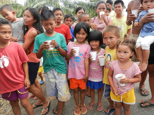 Feed The Children has taken a lead role in the Philippine disaster relief efforts, shipping massive amounts of food and supplies to the country.  This has put a strain on the organization's supplies.  Fazoli's and other corporate partners are making donations to replenish Feed The Children warehouses in the United States.  (PRNewsFoto/Fazoli's)